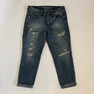 American Eagle Boy Crop Jeans destroyed distressed